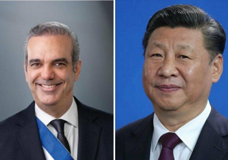Abinader agradece a China por donar 50 mil vacunas y autorizar exportación