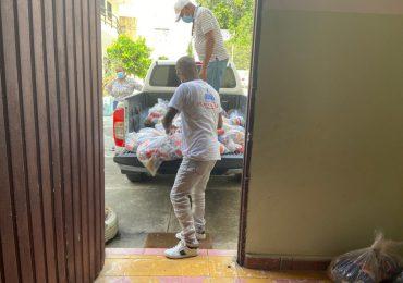 VIDEO | Plan Social asiste a 19 familias afectadas por incendio en Villa Duarte