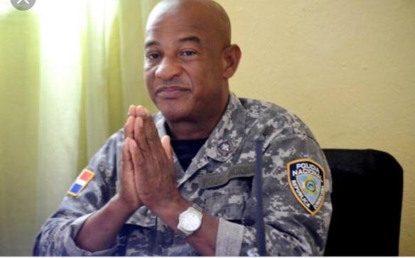 Denuncian supuesto abuso judicial contra Coronel Saturnino De la Cruz, acusado de violencia de género