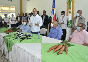 Ministerio de Agricultura interviene producción de zanahorias en Constanza