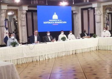 Luis Abinader dice no puede imponer a los diputados su postura sobre las tres causales