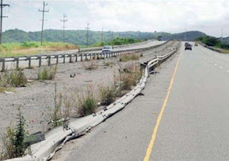 Franklin Rodríguez pide intervención de autopista 6 de noviembre
