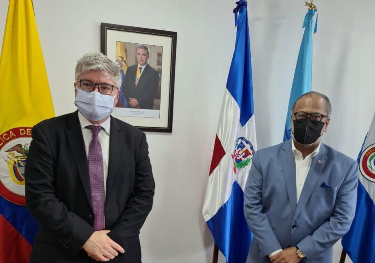 Presidente de la JAC se reúne con el recién electo secretario general de la OACI en Colombia