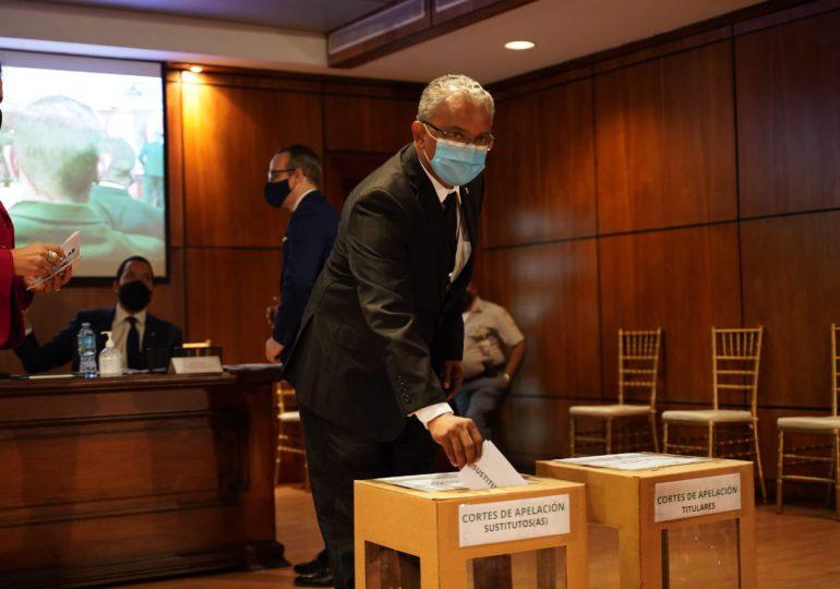 Realizan elecciones de los nuevos integrantes del Consejo del Poder Judicial