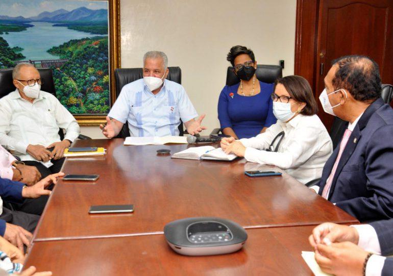 EGEHID firma acuerdo para construcción de presa sobre el río Guayubín