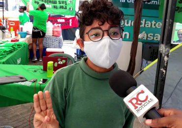 VIDEO | Manifestantes frente al Palacio Nacional explican por qué se deben incluir las tres causales en Código Penal