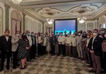 Realizan primer encuentro productivo sectorial del aguacate en el Palacio Nacional