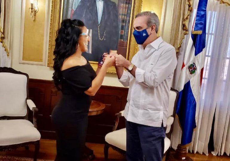 Presidente Abinader recibe en su despacho a Celinés Toribio