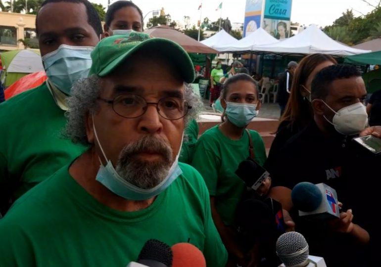 Video | Padre Rogelio tilda a la iglesia de machista y desactualizada