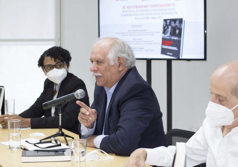 Presentan libro ''El reformismo dependiente sobre el gobierno de Joaquín Balaguer''