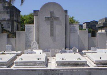 Casi 200.000 gallegos están enterrados en el cementerio de Colón en La Habana