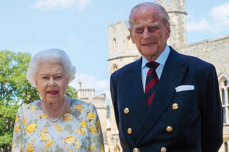 Trasladan a otro hospital al príncipe Felipe nuevamente en Londres
