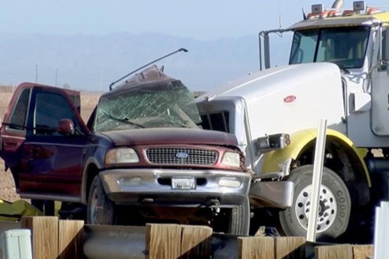 Un saldo de 15 muertos arroja accidente de tránsito en California