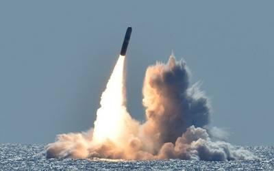 Londres va a aumentar su arsenal nuclear por primera vez desde la Guerra Fría