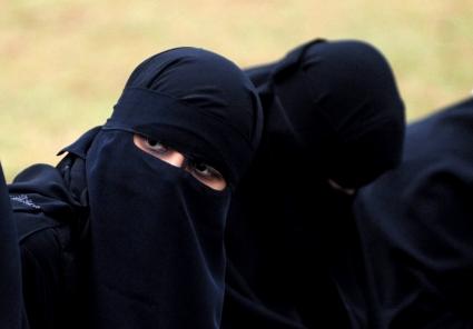 Sri Lanka prohíbe la burka y endurece lucha contra extremismo