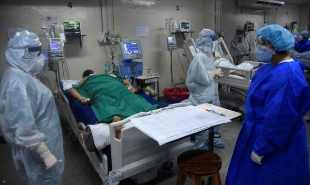 Sin recursos, un hospital de Paraguay lucha para evitar colapso por covid-19