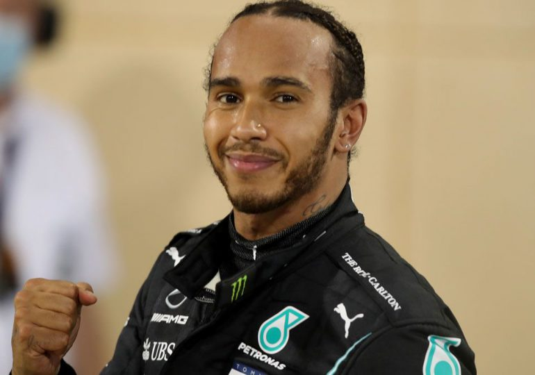 Lewis Hamilton gana el primer Gran Premio de la temporada en Baréin