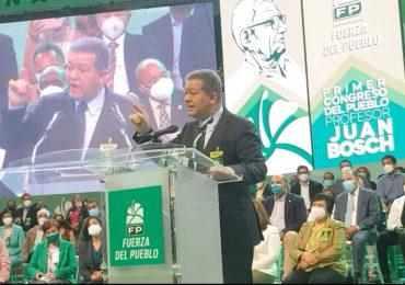 Leonel afirma Juan Bosch estaría avergonzado del PLD y orgulloso de la Fuerza del Pueblo
