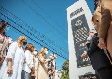 VIDEO | Rinden homenaje póstumo a médicos fallecidos por el Covid-19