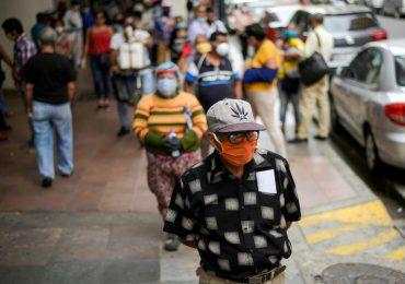 Ciudad ecuatoriana de Guayaquil endurece restricciones por la pandemia