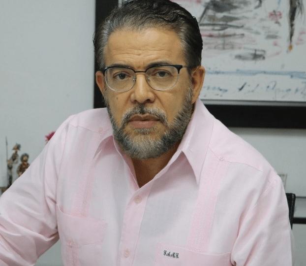 """Guillermo Moreno denuncia  """"los dominicanos son tratados como turistas en su propia tierra"""""""