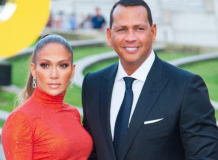 Alex Rodríguez y Jennifer López son captados besándose en La Romana
