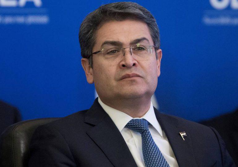 Testigo en EEUU dice que entregó dinero de la droga al presidente de Honduras