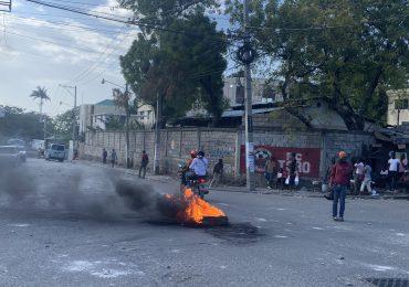 Video | Día tenso en Puerto Príncipe, Haití
