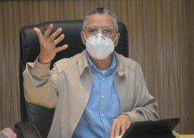 Alcalde Manuel Jiménez llama a la población a vacunarse