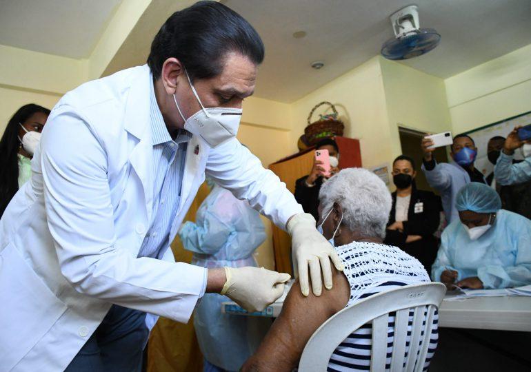 VACUNATE RD | 400,041 personas han sido inmunizadas contra covid-19