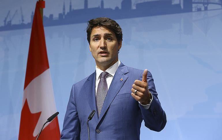 Trudeau insta a los canadienses a tomar la vacuna de AstraZeneca
