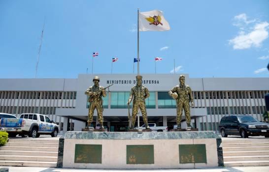 Poder Ejecutivo asciende a 15 militares de las Fuerzas Armadas