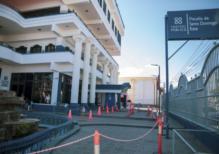 Someten a tres meses de prisión preventiva a estafadora con venta de paquetes turísticos