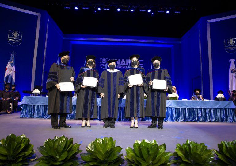 UNAPEC entrega Doctorado Honorífico a cuatro empresarios dominicanos