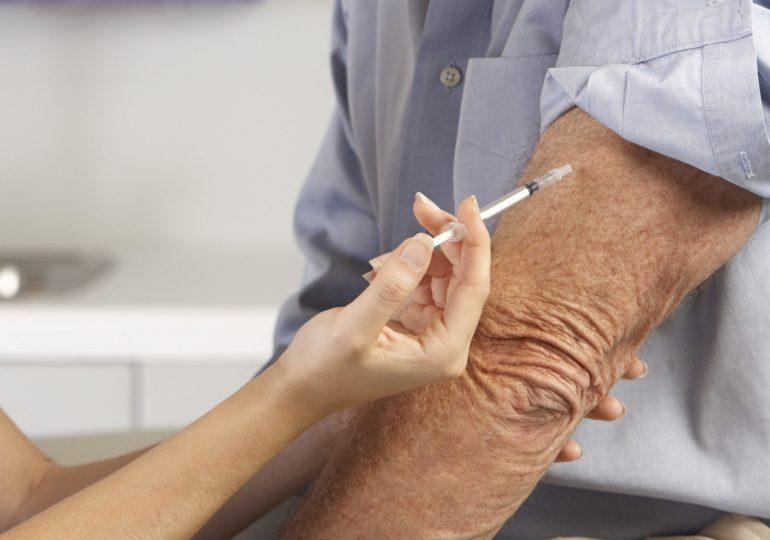 Italia reserva la vacuna de AstraZeneca para los mayores de 60 años