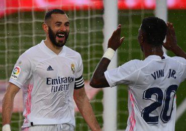El Real Madrid domina al Eibar y se anima antes del Liverpool