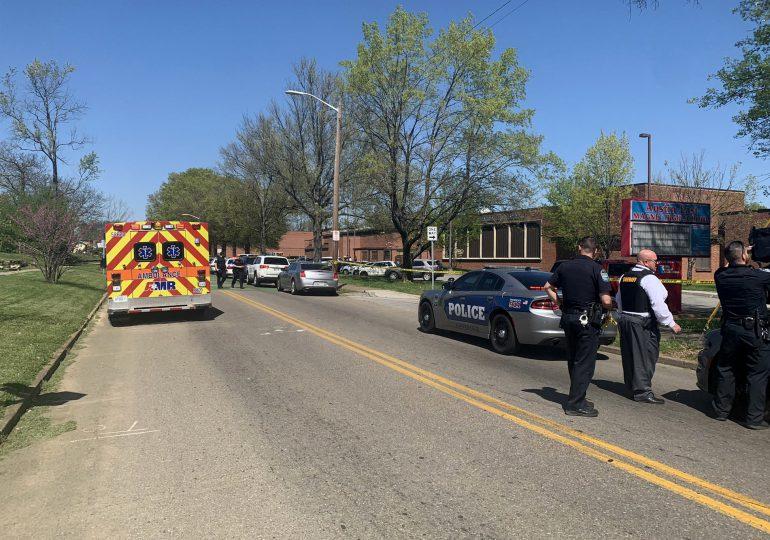 Varios heridos en tiroteo en una escuela de Tennessee