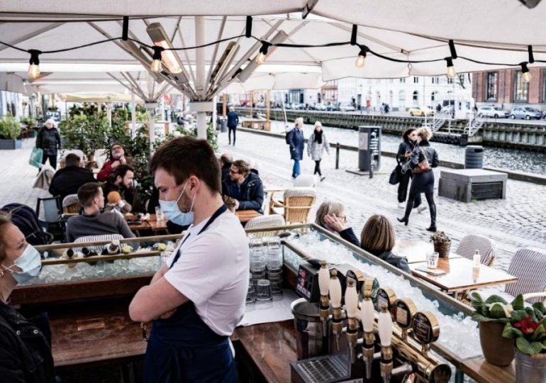 Museos, cafés, bares y restaurantes reabren en Dinamarca