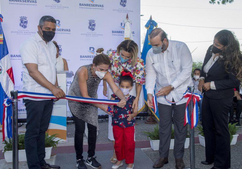 Banreservas y ADN entregan remozado el Parque San José en la Ciudad Colonial