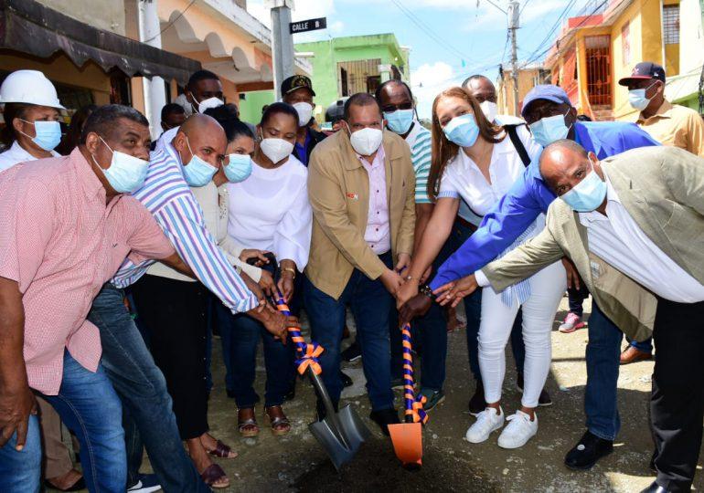 Dejan iniciadas construcción de 27 obras en Santo Domingo Norte