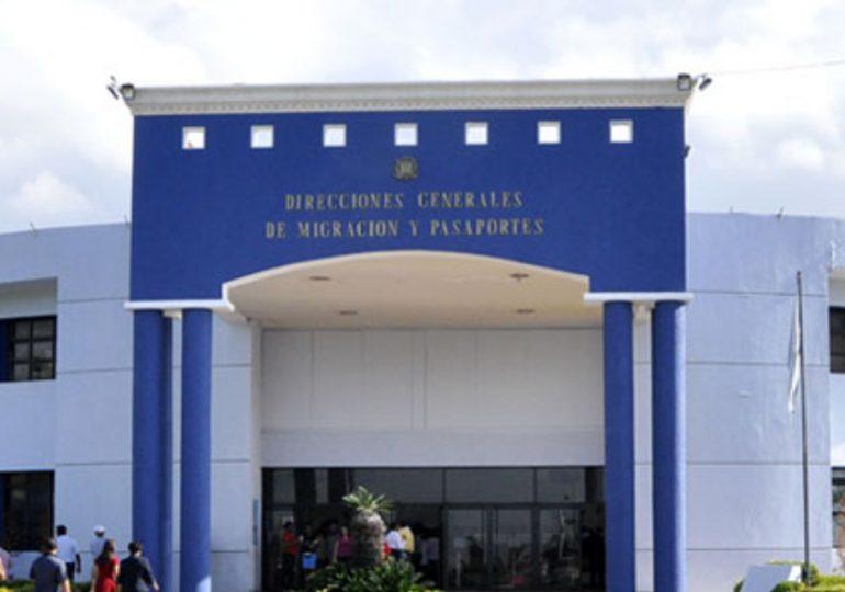 Pasaportes no exigirá actas de nacimiento legalizada para ofrecer servicios