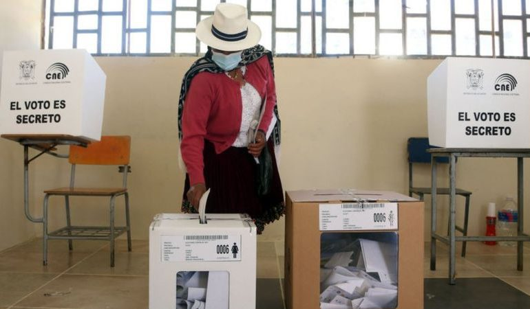 Concluye segunda vuelta electoral  en Ecuador
