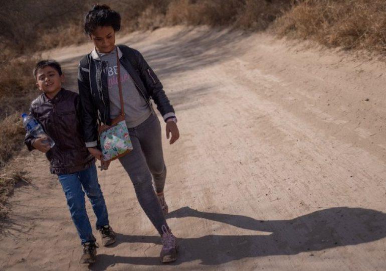 Angustia en familia de niño nicaragüense encontrado solo en frontera de EEUU