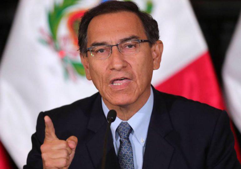 Expresidente peruano Vizcarra inhabilitado políticamente por 10 años por escándalo de vacunación