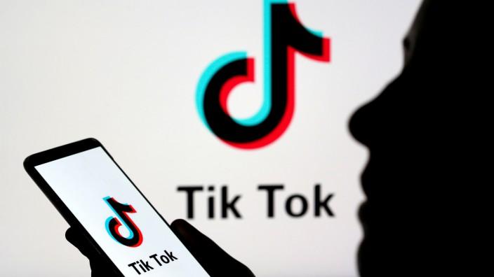 Rusia multa a TikTok por convocatoria de menores a manifestaciones
