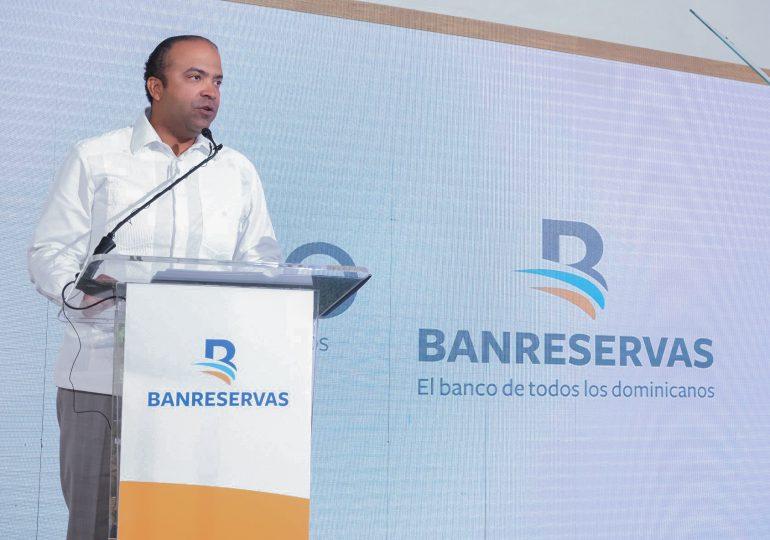 Banreservas aprueba RD$6,000 millones para producción de arroz 2021-2022