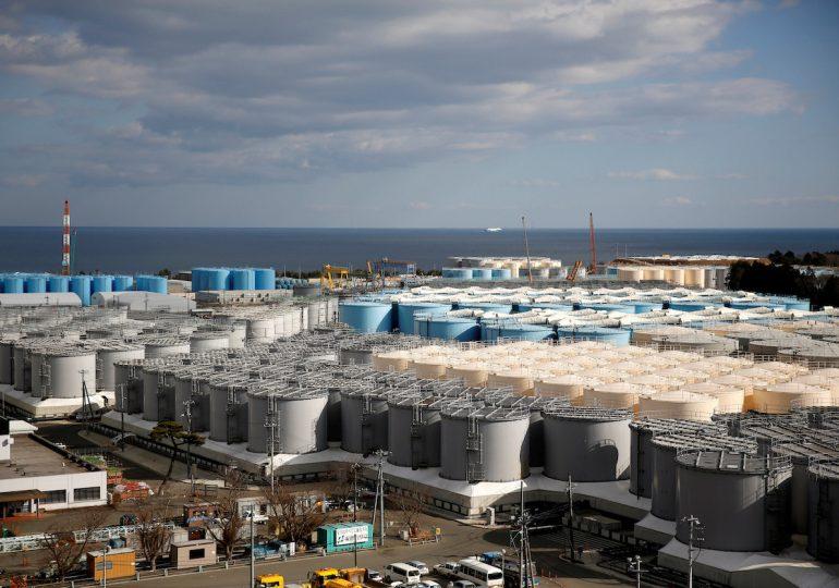 Japón verterá al mar agua tratada de central nuclear de Fukushima