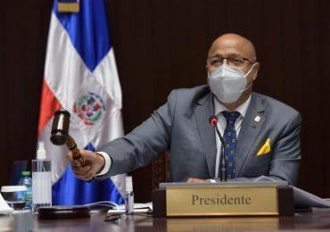 Alfredo Pacheco pide excusas al país, tras agria discusión con Pedro Botello en el hemiciclo