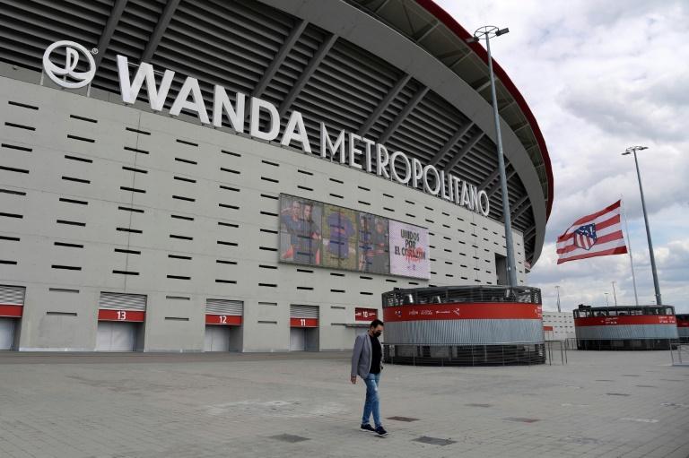 La Superliga europea se desmorona, el fútbol recupera el aliento