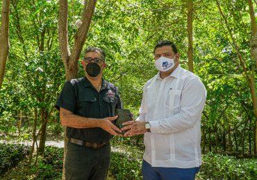 Fundación Refidomsa y Medio Ambiente restauran viveros de mangles en Parque Ecológico de Nigua
